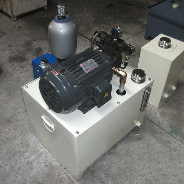 大型液压系统